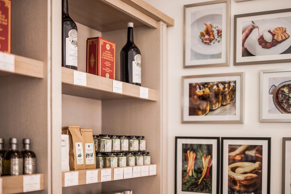 menuiserie-decoration-boutique-Byblos-Saint-Tropez