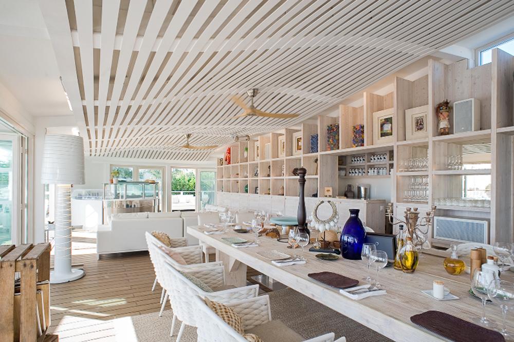 projet-architecture-design-plage-restaurant-Ramatuelle
