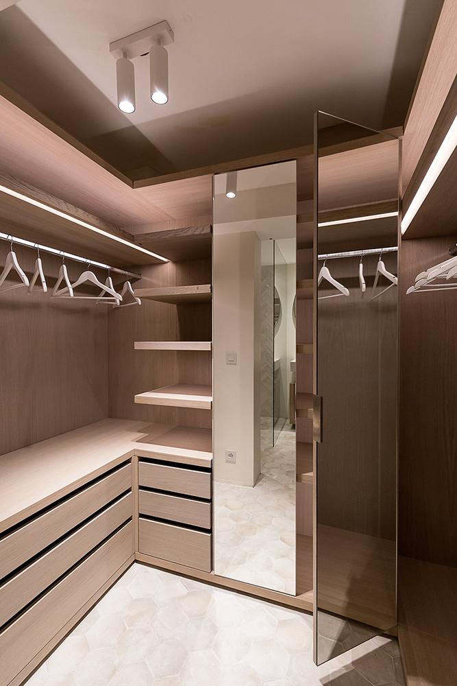 projet-architecture-interieure-dressing-villa-Gassin-FG-Design