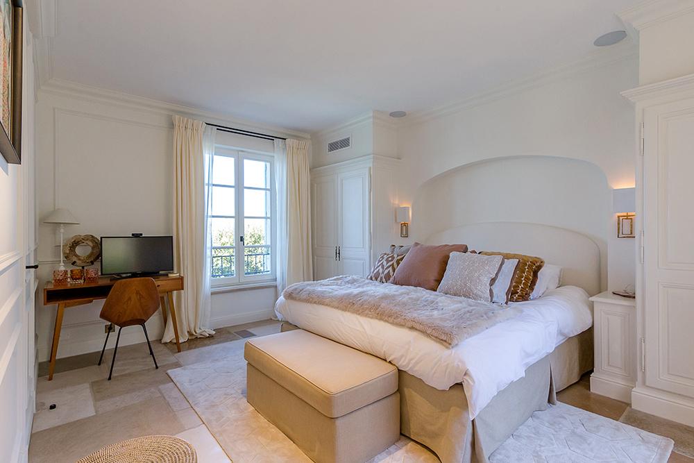 projet-architecture-interieure-suite-parentale-chambre-villa-Gassin-FG-Design
