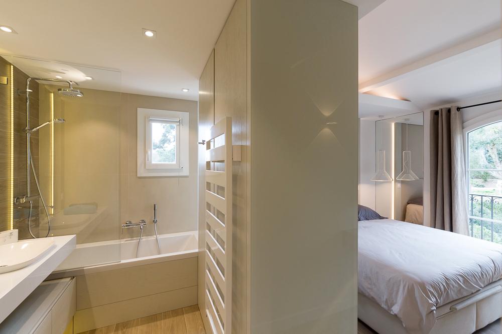 renovation-architecture-decoration-chambre-maitre-villa-Grimaud-FG-Design