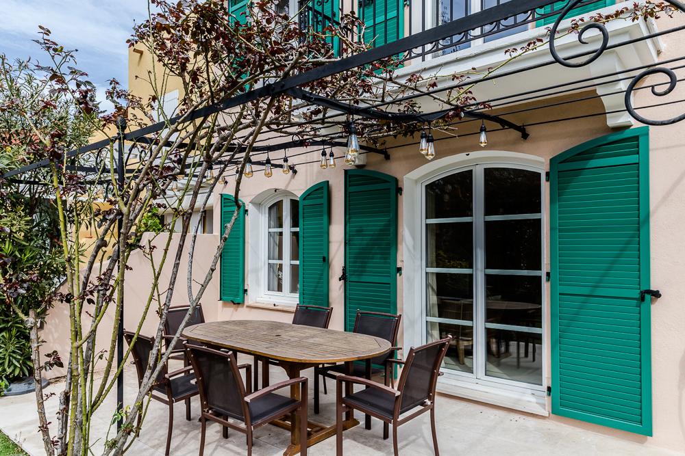 renovation-architecture-terrasse-villa-Grimaud-FG-Design